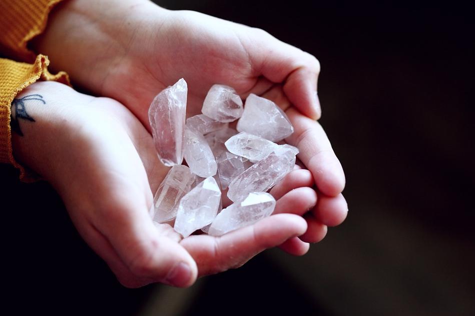 Crystal Quartz: The Universal Healer