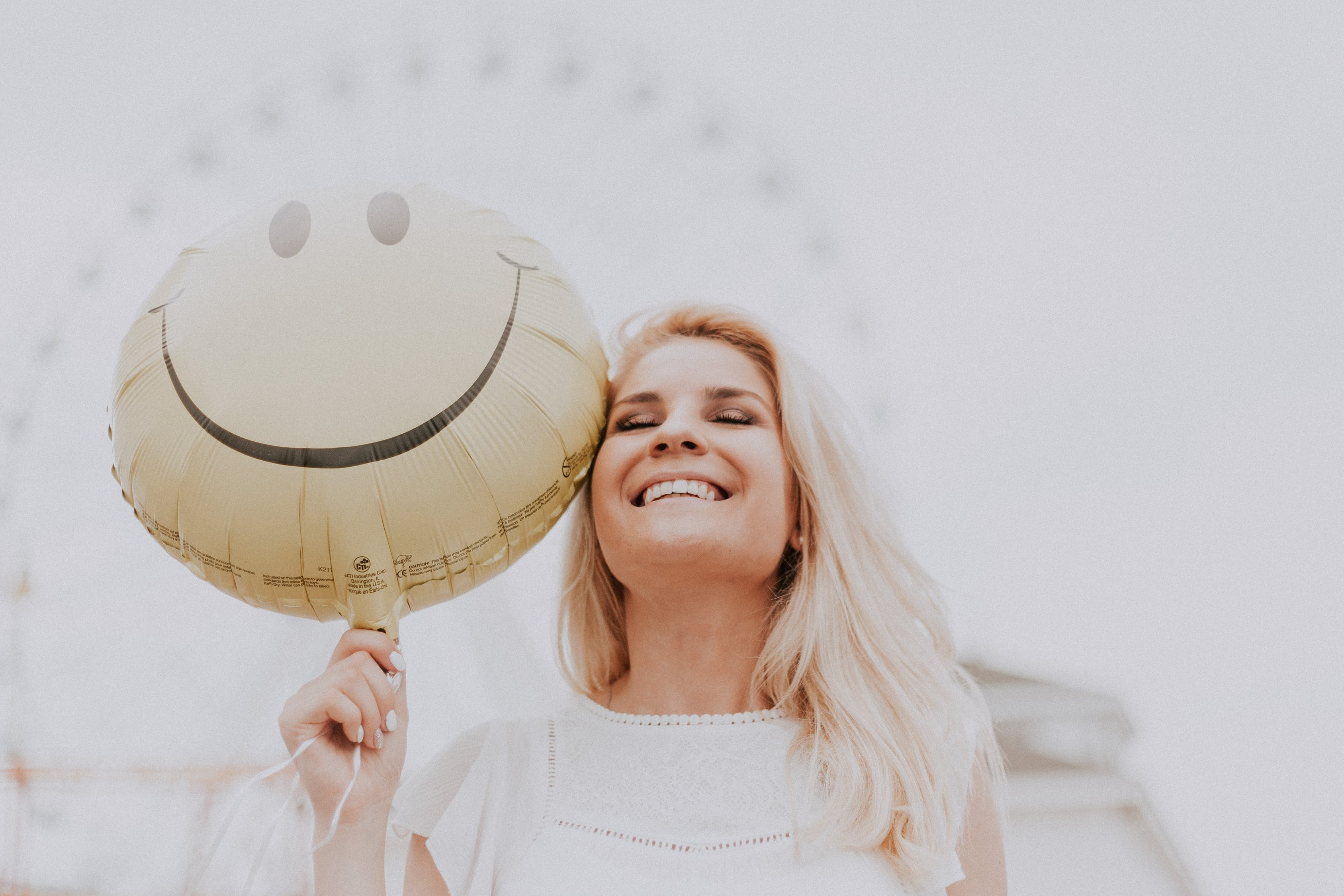 Three Unique Ways To Embrace Positive Thinking In 2021